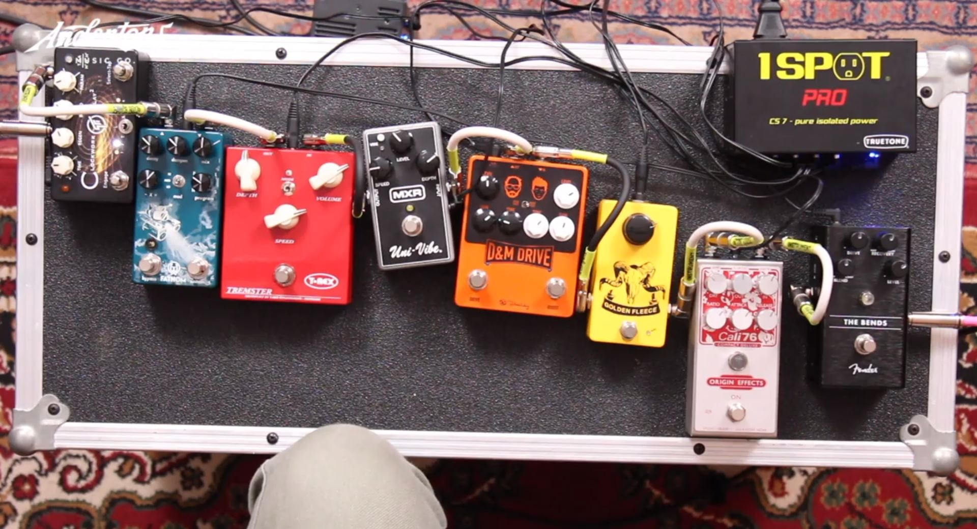 8 Pedal Signal Chain - Andertons Music Co.