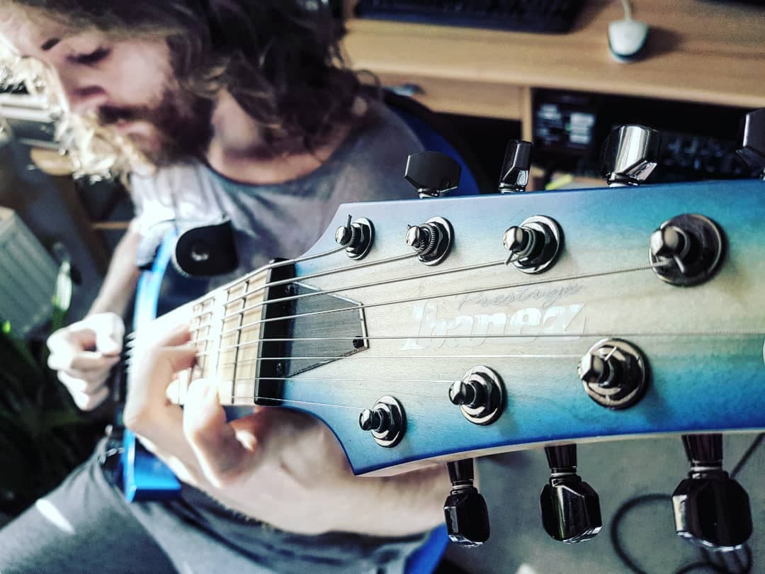 UK Guitarist Sam Bell - 8-String Ibanez - Andertons Music Co.