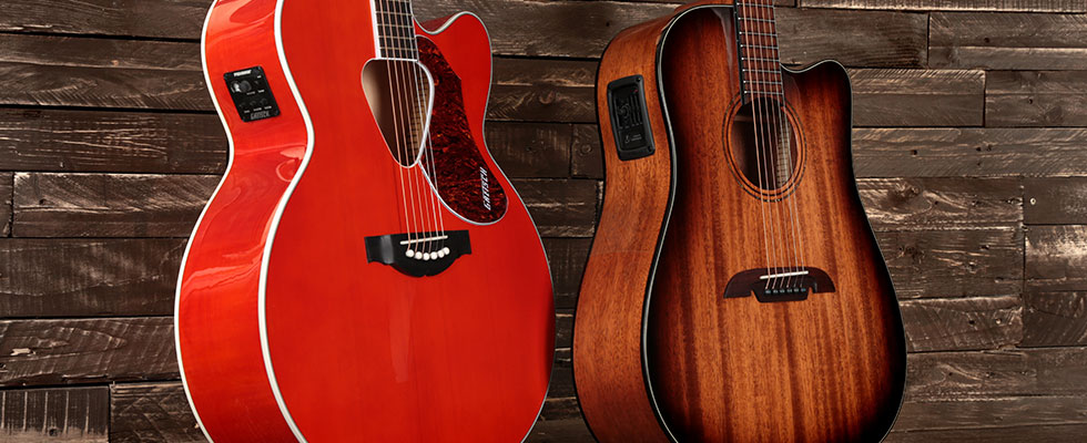 dreadnought and jumbo acoustic guitar