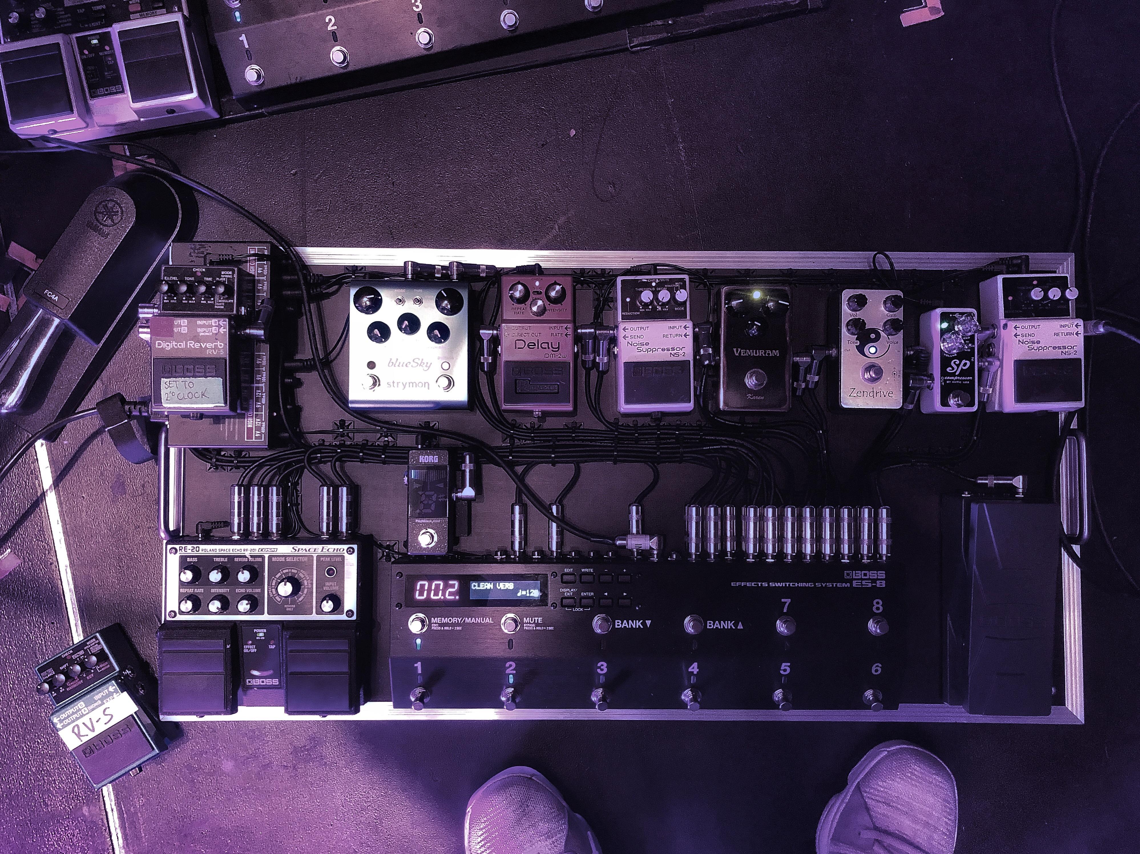 Kai Smith's Dua Lipa Pedalboard - Andertons Music Co.