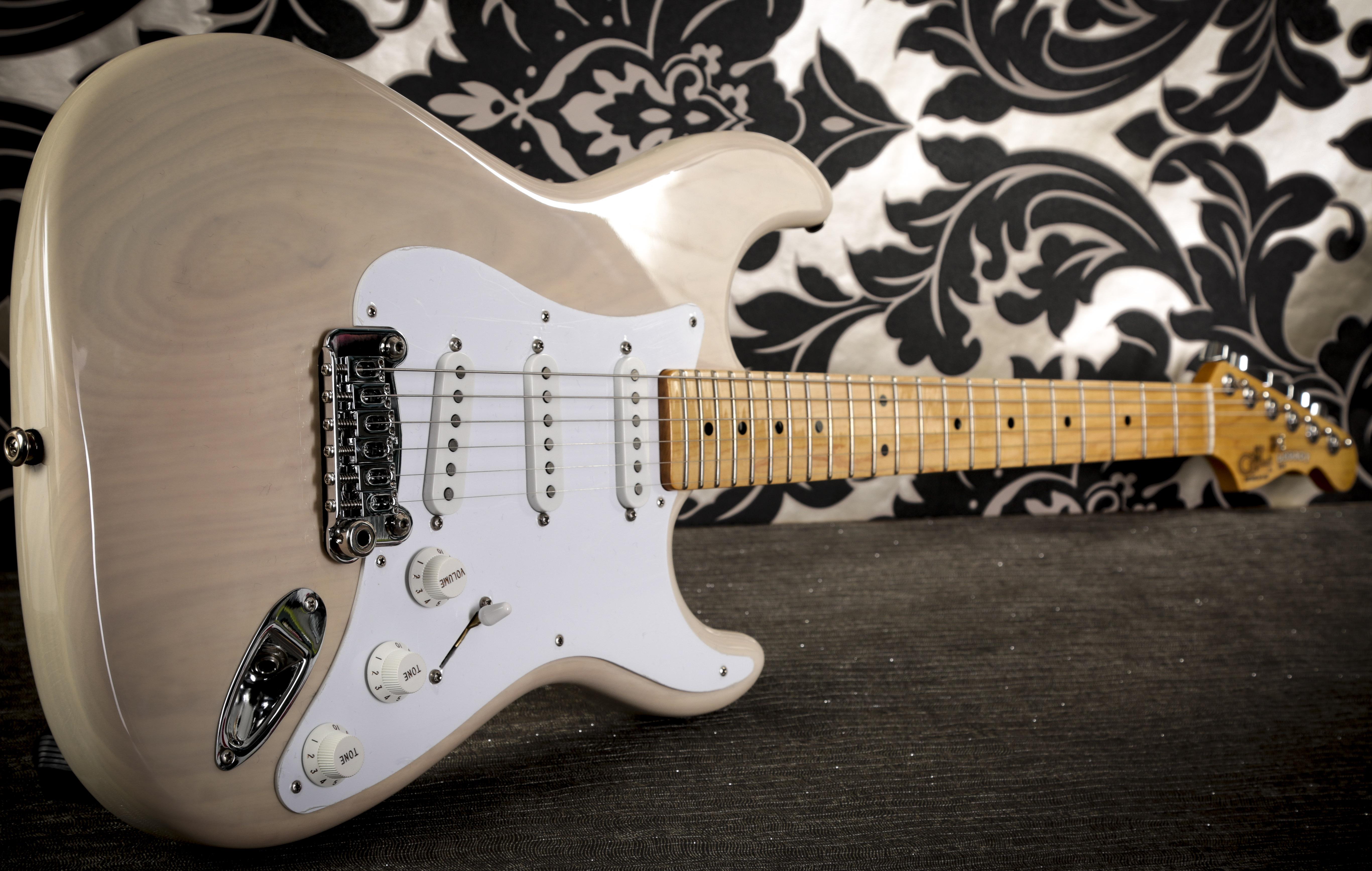 G&L Legacy Guitar