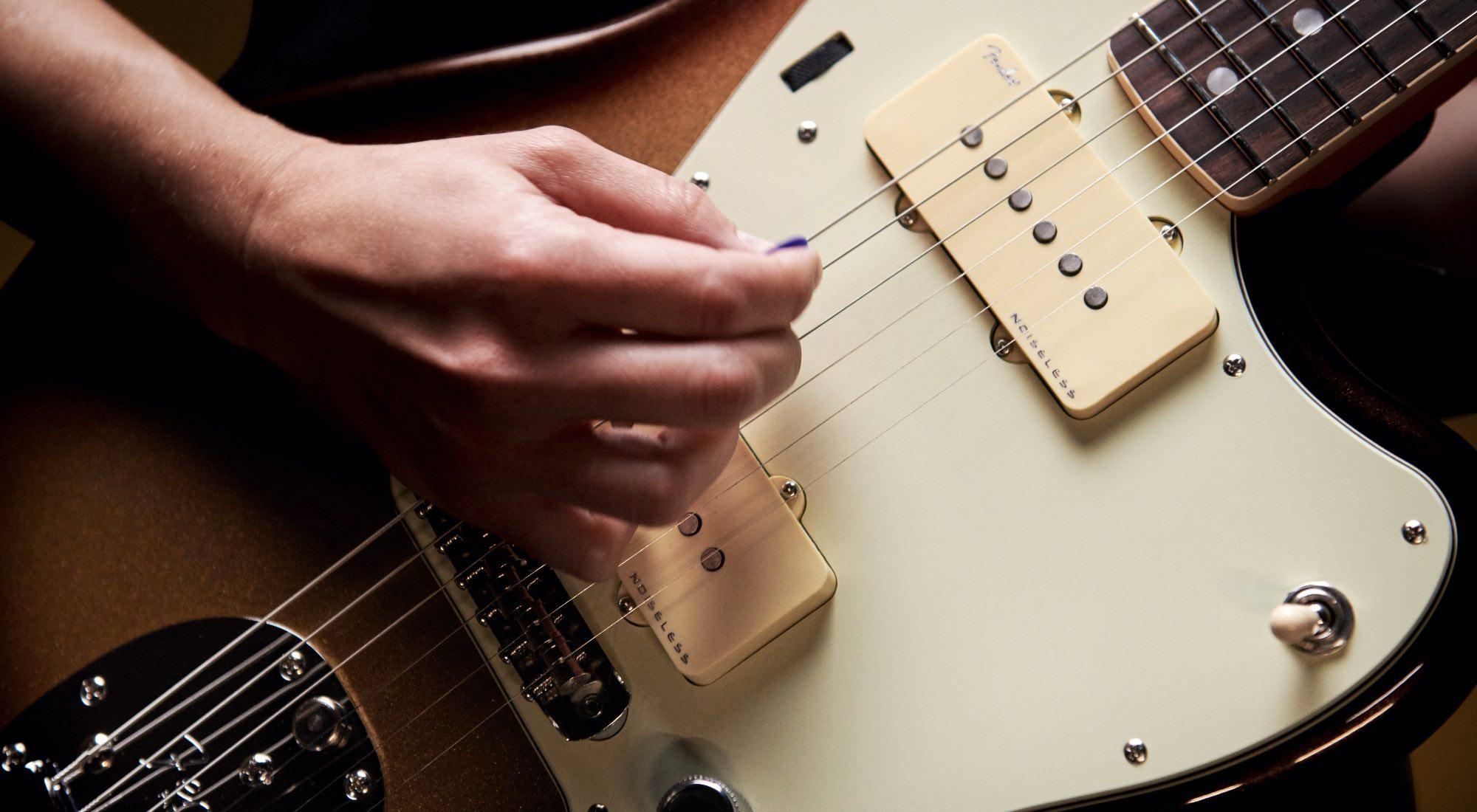 Fender American Ultra Series Guitars Noiseless Pickups