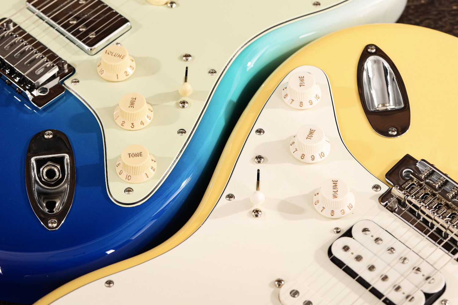 Fender Player Plus vs Player Series Pickup Switching